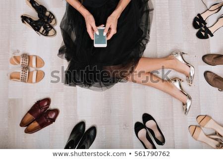 mulher · difícil · escolha · sapatos · casa · sorrir - foto stock © grafvision