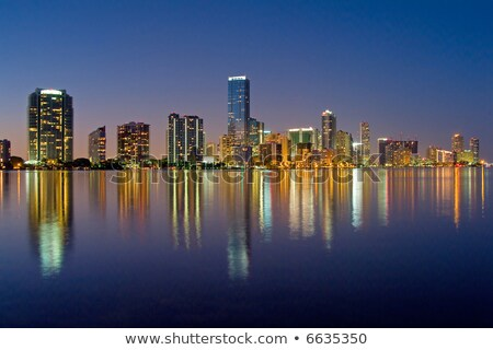 Miami · Floride · Skyline · nuit · réflexions · eau - photo stock © Bertl123