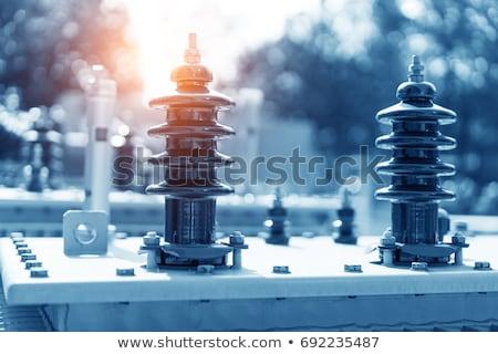 Voltaje transformador eléctrica adjunto concretas post Foto stock © ferdie2551