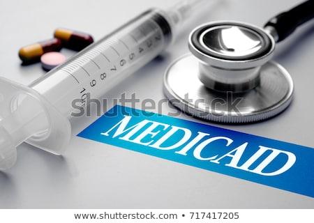 stethoscoop · pillen · geïsoleerd · reizen · financieren - stockfoto © zerbor