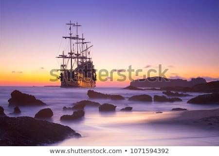 Stok fotoğraf: Eski · korsan · gemi · yelkencilik · okyanus · gün · batımı