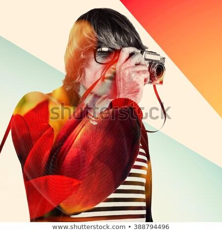 moço · retro · câmera · seis · fotógrafo · olhando - foto stock © wavebreak_media