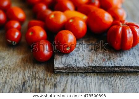 Zweig Tomaten dunkel Wasser Stock foto © OleksandrO