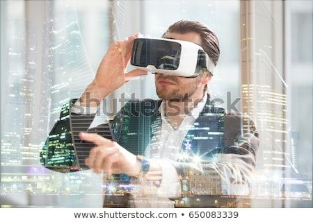 biznesmen · faktyczny · rzeczywistość · zestawu · czarny · ludzi · biznesu - zdjęcia stock © dolgachov