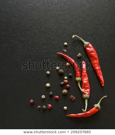Rood chili peper laurierblad roestige achtergrond Stockfoto © furmanphoto