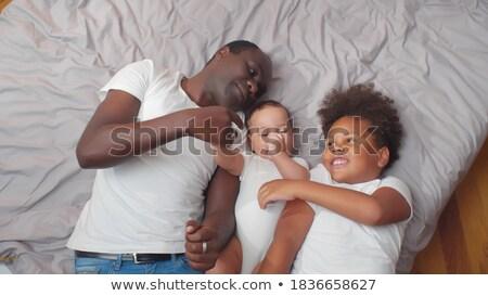 gelukkig · vader · baby · zoon · home · familie - stockfoto © dolgachov