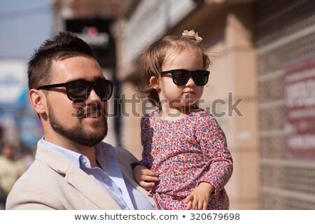 Jóvenes padre calle minúsculo hija nina Foto stock © Lopolo