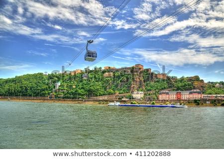 Kablo araba şehir taşıma üzerinde mavi gökyüzü Stok fotoğraf © silent47