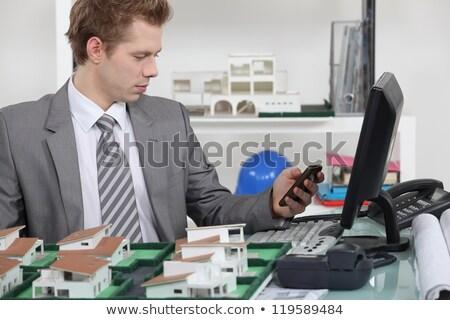 építész · küldés · szöveges · üzenet · üzlet · telefon · építkezés - stock fotó © photography33