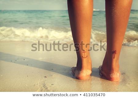 láb · tetoválás · női · művész · jelentkezik · tulajdon - stock fotó © iofoto