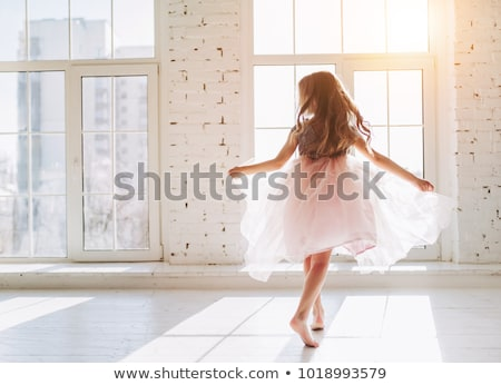 dança · little · girl · azul · vestir · isolado - foto stock © sapegina
