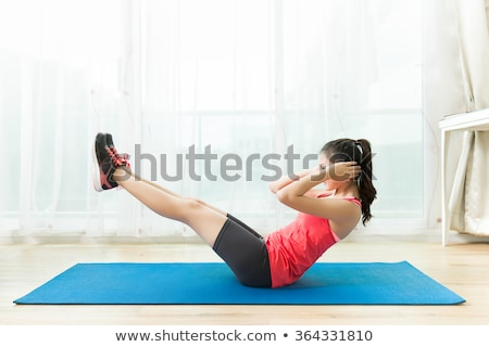 kız · egzersiz · yoga · mat · güzel · gülen - stok fotoğraf © wavebreak_media