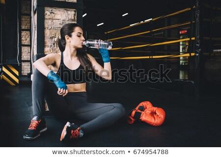 Kobiet bokser woda pitna boks pierścień butelki Zdjęcia stock © wavebreak_media