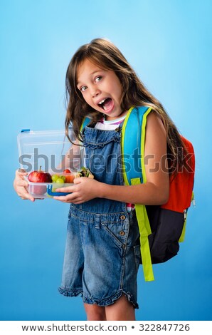 スタジオ · 肖像 · 笑みを浮かべて · 少女 · 弁当箱 - ストックフォト © monkey_business