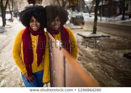 mutlu · siyah · kadın · ayakta · sokak · yansıma · genç - stok fotoğraf © Stasia04