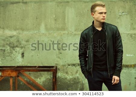 komoly · fiatal · divat · modell · bőrdzseki · oldalnézet - stock fotó © feedough
