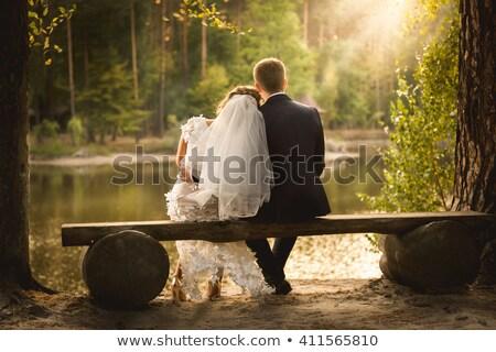 Bella wedding Coppia seduta boschi donna Foto d'archivio © tekso