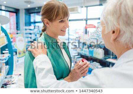 Frau Kunden Apotheke kaufen Drogen Stock foto © Kzenon