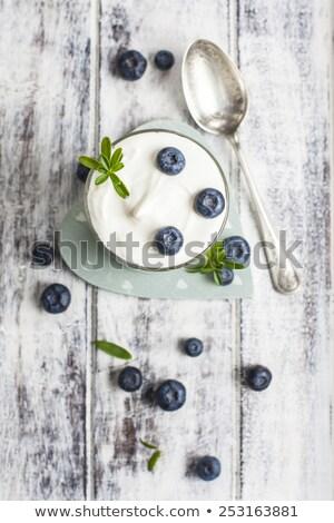 Suelto azul nina posando blanco fondo Foto stock © gorgev