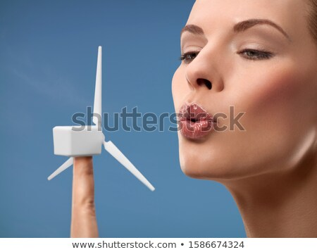 éolienne 24 paysage vert bleu industrie Photo stock © LianeM
