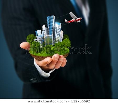 手 · 市 · 高層ビル · 緑の草 · ビジネスマン · 徒歩 - ストックフォト © cherezoff
