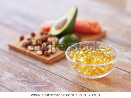 omega · 3 · halolaj · kapszulák · izolált · fehér · háttér - stock fotó © ruslanomega