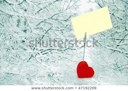 Foto stock: Coração · branco · papel · inverno · forma · de · coração · visitar