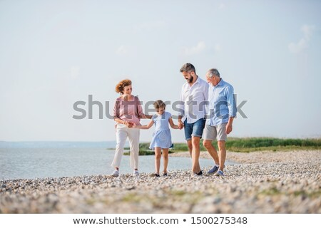 Pai filha caminhada rochas homem masculino Foto stock © IS2