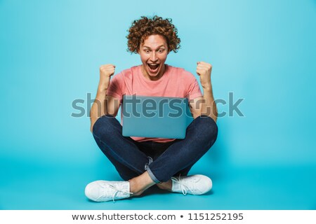 Fotó sikeres férfi 20-as évek barna göndör haj Stock fotó © deandrobot