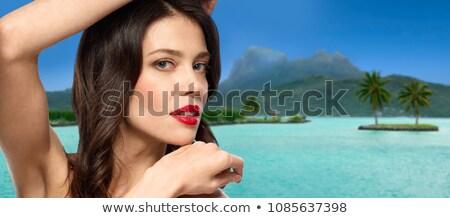 クローズアップ · 肖像 · ブルネット · 女性 · 熱帯ビーチ · 小さな - ストックフォト © dolgachov