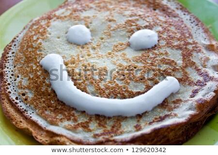 sonriendo · crepe · alimentos · peces · pan · rojo - foto stock © alexandre17