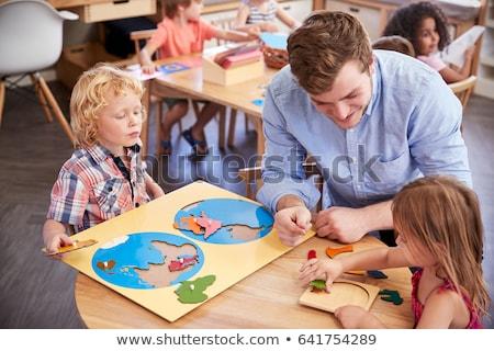 география учитель помогают девушки человека счастливым Сток-фото © photography33