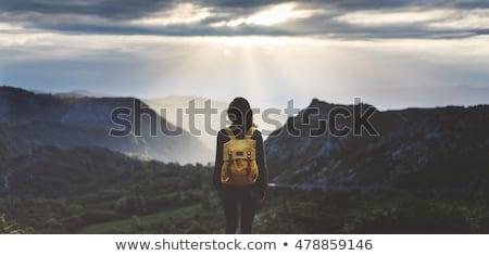 Dziewczyna szczyt turystyka kobiet sportu zdrowia Zdjęcia stock © lewistse