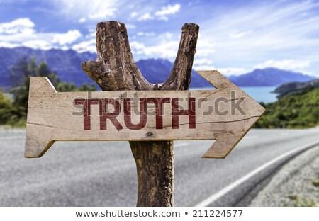 Estrada verdade homem terno negócio empresário Foto stock © fuzzbones0