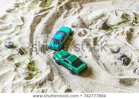 Yarış hayatta kalma yeşil kırmızı araba izlemek Stok fotoğraf © acidgrey