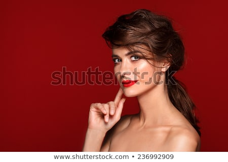 Femme lèvres rouges smoky yeux visage Photo stock © wavebreak_media