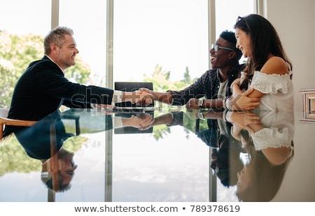 corretor · de · imóveis · discutir · propriedade · cliente · escritório · mulher - foto stock © highwaystarz
