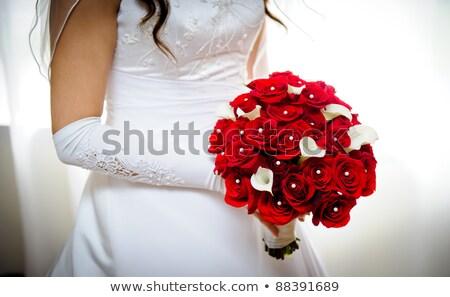 красные · розы · невеста · жених · красную · розу · лепестков · таблице - Сток-фото © user_8545756