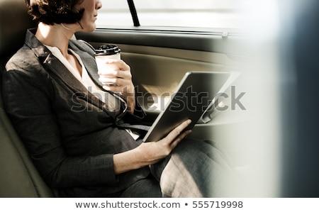 mujer · dibujo · teléfono · móvil · mujer · de · negocios · blanco · teléfono - foto stock © wavebreak_media