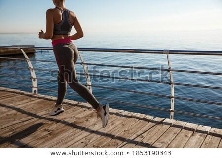 Obraz fitness ludzi molo zewnątrz morza Zdjęcia stock © deandrobot