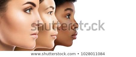 Mooie vrouw zwarte portret mooie jonge vrouw groene Stockfoto © zastavkin