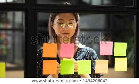 ragazza · iscritto · vendita · business · suit · parola - foto d'archivio © a2bb5s
