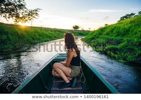 Foto stock: Jovem · remo · barco · água · mulher · esportes