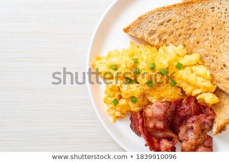 Reggeli ropogós szalonna sült tojások kenyér Stock fotó © Virgin