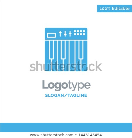 zongora · billentyűk · elektronikus · billentyűzet · hangszer · hangszer · közelkép - stock fotó © wavebreak_media