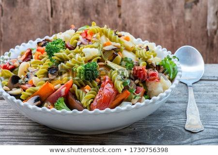Felszolgált tányér saláta sajt paradicsomok Stock fotó © Freezingpictures