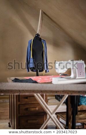 Feminino manequim antiquado criador estúdio quarto Foto stock © anmalkov