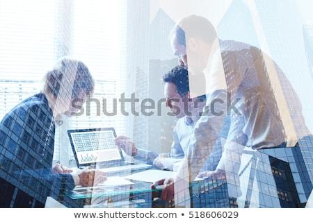 Nieuwe resultaten moderne laptop scherm verschillend Stockfoto © tashatuvango