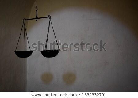 Opknoping metaal vrouwelijke sculptuur plafond Stockfoto © bezikus