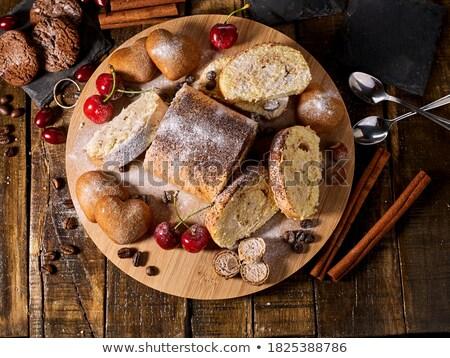 Rustykalny żywności tle świeże cookie Zdjęcia stock © zoryanchik